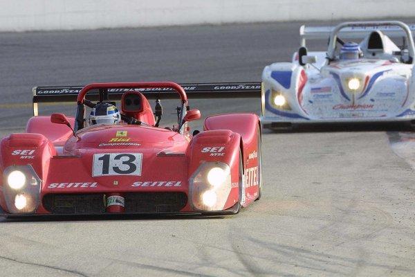 2002 Rolex Daytona 24 HoursDaytona International Speedway, Daytona Beach,Florida, USA . 3rd - 4th February 2002 Ferrari v Lola Porsche.World Copyright: John Brooks/LAT Photographicref: Digital Image Only