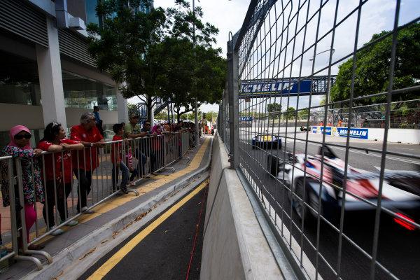 2015/2016 FIA Formula E Championship. Putrajaya ePrix, Putrajaya, Malaysia. Saturday 7 November 2015. Race Antonio Felix da Costa (POR), Team Aguri - Spark SRT_01E  Photo: Sam Bloxham/FIA Formula E/LAT ref: Digital Image _SBL1192