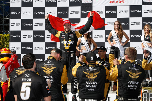 2017 Verizon IndyCar Series Toyota Grand Prix of Long Beach Streets of Long Beach, CA USA Sunday 9 April 2017 James Hinchcliffe, podium World Copyright: Michael L. Levitt LAT Images