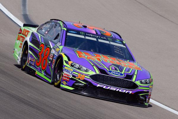 2017 Monster Energy NASCAR Cup Series - Kobalt 400 Las Vegas Motor Speedway - Las Vegas, NV USA Friday 10 March 2017 David Ragan World Copyright: Russell LaBounty/LAT Images ref: Digital Image 17LAS1rl_0074