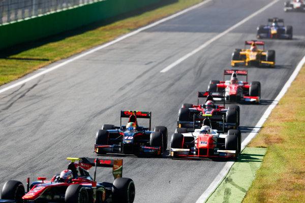 Autodromo Nazionale di Monza, Italy. Sunday 3 September 2017Roberto Merhi (ESP, Rapax). and Jordan King (GBR, MP Motorsport).  Photo: Bloxham/FIA Formula 2 ref: Digital Image _W6I4660