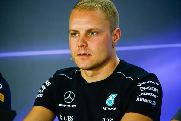 Yas Marina Circuit, Abu Dhabi, United Arab Emirates. Thursday 23 November 2017. Valtteri Bottas, Mercedes AMG, in the drivers press conference. World Copyright: Andy Hone/LAT Images  ref: Digital Image _ONY9798