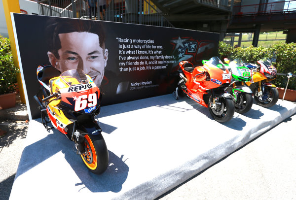 2017 Moto3 Championship - Round 6 Mugello, Italy Thursday 1 June 2017 Nicky Hayden tribute with all bikes World Copyright: Gold & Goose Photography/LAT Images ref: Digital Image 673328