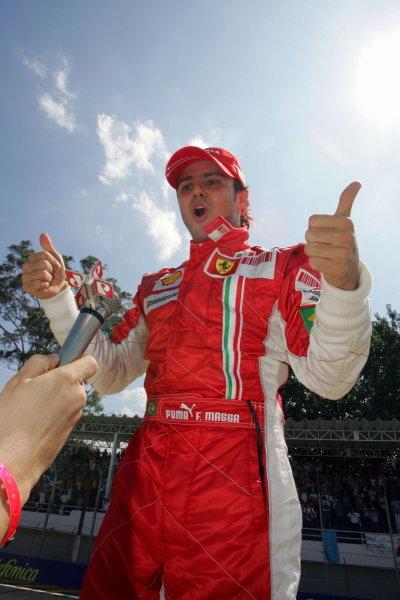 Felipe Massa (BRA) Ferrari celebrates pole in parc ferme. Formula One World Championship, Rd17, Brazilian Grand Prix, Qualifying Day, Interlagos, Sao Paulo, Brazil, Saturday 20 October 2007. BEST IMAGE