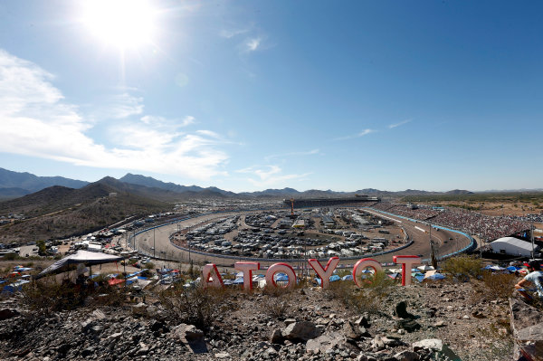 NASCAR Photos, ISM Raceway
