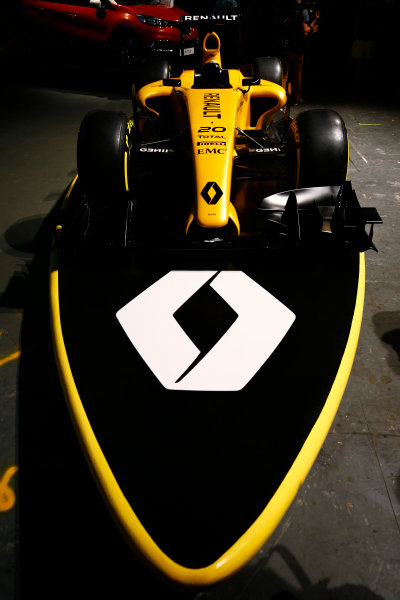 Albert Park, Melbourne, Australia. Wednesday 16 March 2016. The Renault RS16 in its new livery. World Copyright: Andy Hone/LAT Photographic ref: Digital Image _ONY9933