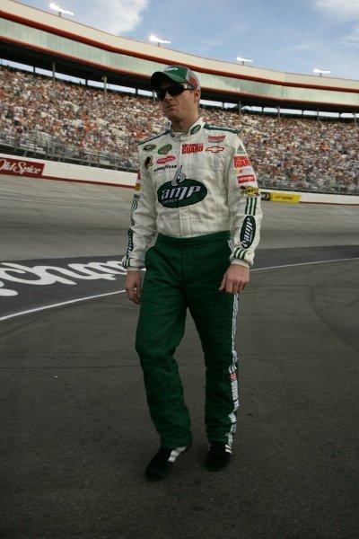 Dale Earnhardt Jr (USA) National Guard/AMP Energy Chevrolet. Sharpie 500, Bristol Motor Speedway, Tennessee, USA, 22-24 August 2008.