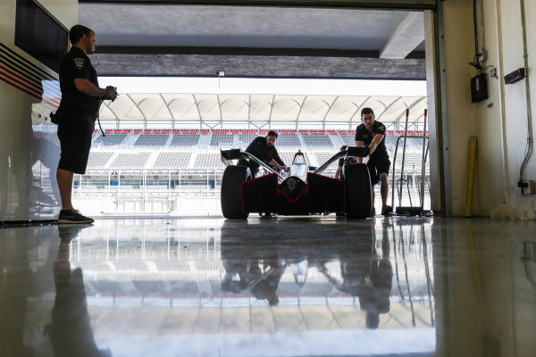 Jose Maria Lopez (ARG), GEOX Dragon Racing, Penske EV-3 rolls back into the garage