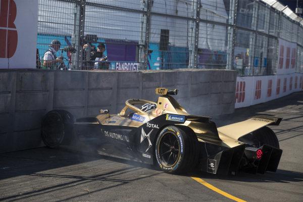 Andre Lotterer (DEU), DS TECHEETAH, DS E-Tense FE19 hits the barrier