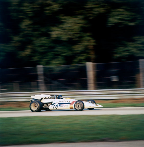 Monza, Italy. 3rd - 5th September 1971.Peter Gethin (BRM P160), 1st position, action. World Copyright: LAT Photographic.Ref: 71ITA