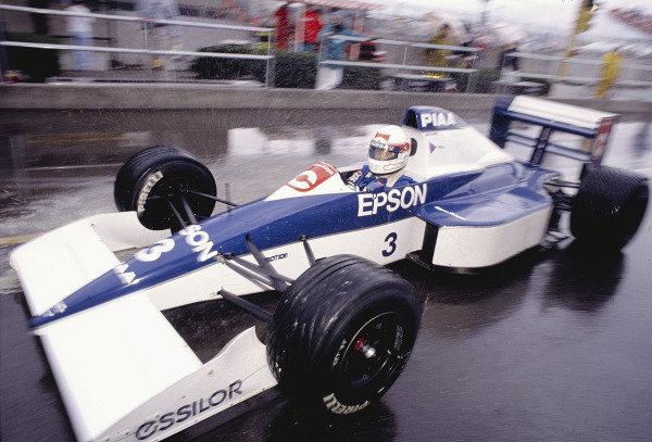 1990 United States Grand Prix.Phoenix, Arizona, USA.9-11 March 1990.Satoru Nakajima (Tyrrell 018 Ford) 6th position.Ref-90 USA 57.World Copyright - LAT Photographic
