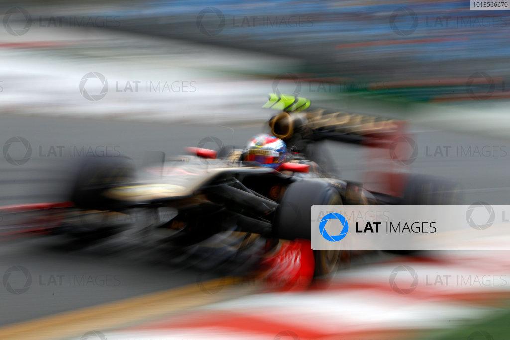 Albert Park, Melbourne, Australia 25th March 2011. Vitaly Petrov, Lotus Renault GP R31. Action.  World Copyright: Glenn Dunbar/LAT Photographic ref: Digital Image _G7C3511