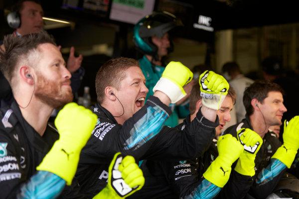 Silverstone, Northamptonshire, UK.  Sunday 16 July 2017. Mercedes mechanics celebrates as Lewis Hamilton, Mercedes F1 W08 EQ Power+, wins the race. World Copyright: Steve Etherington/LAT Images  ref: Digital Image SNE19392