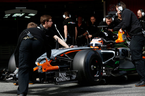 2015 F1 Pre Season Test 3 - Day 2 Circuit de Catalunya, Barcelona, Spain. Friday 27 February 2015. Nico Hulkenberg, Force India VJM08 Mercedes, gets pushed back into the garage by the Force India team. World Copyright: Sam Bloxham/LAT Photographic. ref: Digital Image _14P2826