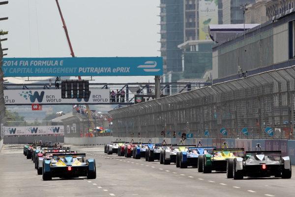 Putrajaya E-Prix, Race. Putrajaya E-Prix, Malaysia - 20th-22nd November 2014. Saturday 22 November 2014.  Photo: Michael Hoyer - Jakob Ebrey/LAT/ Formula E ref: Digital Image EL0G1019