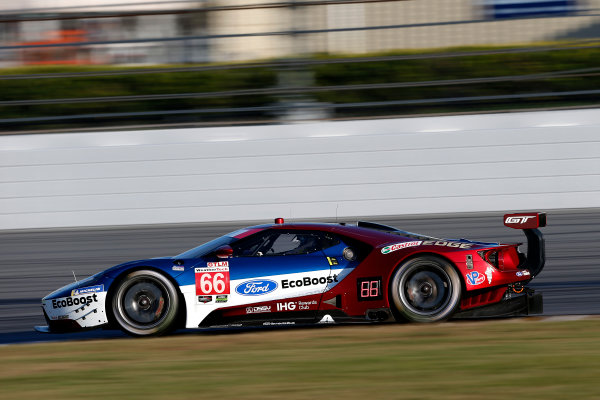 2017 WeatherTech Sportscar Championship December Daytona Testing Wednesday 6 December 2017 #66 Ford Performance Chip Ganassi Racing Ford GT: Joey Hand, Dirk Müller, Sebastien Bourdais  World Copyright: Alexander Trienitz/LAT Images  ref: Digital Image 2017-IMSA-Test-Dayt-AT2-1119