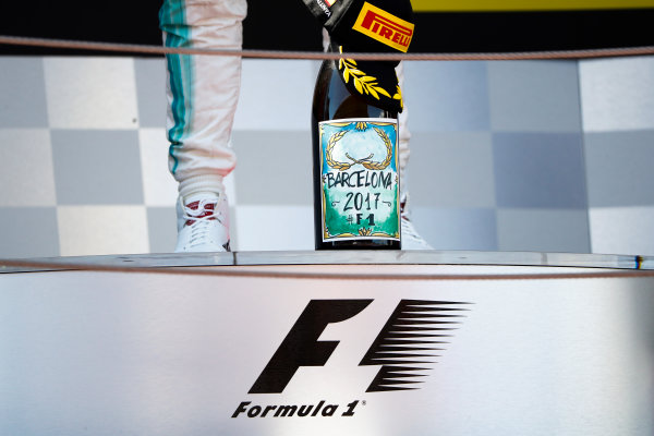 Circuit de Catalunya, Barcelona, Spain. Sunday 14 May 2017. Special label on the Champagne bottle. World Copyright: Glenn Dunbar/LAT Images ref: Digital Image _X4I9010