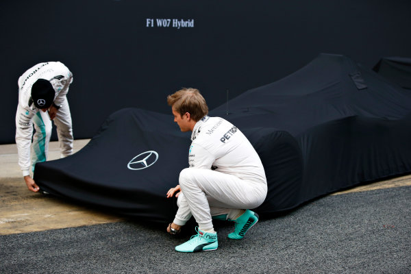 Circuit de Catalunya, Barcelona, Spain Monday 22 February 2016. Nico Rosberg, Mercedes AMG, and Lewis Hamilton, Mercedes AMG, unveil the Mercedes F1 W07 Hybrid. World Copyright: Glenn Dunbar/LAT Photographic ref: Digital Image _W2Q0496