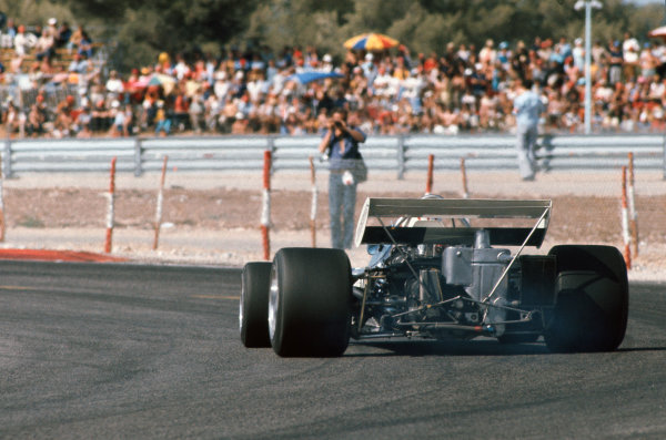 1971 French Grand Prix.  Paul Ricard, Le Castellet, France. 2nd-4th July 1971.  Rolf Stommelen, Surtees TS9 Ford, 11th position.  Ref: 71FRA11. World Copyright: LAT Photographic