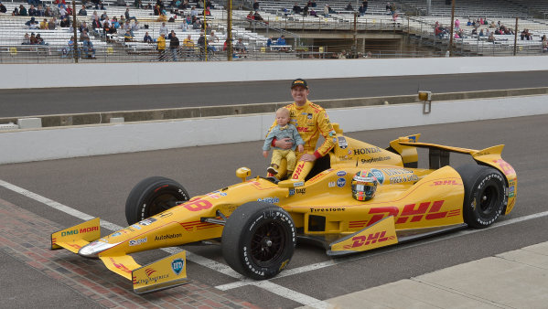 17-18 May, 2014, Indianapolis, Indiana, USA #28 Ryan Hunter-Reay, DHL Andretti Autosport and son ©2014 Dan R. Boyd LAT Photo USA
