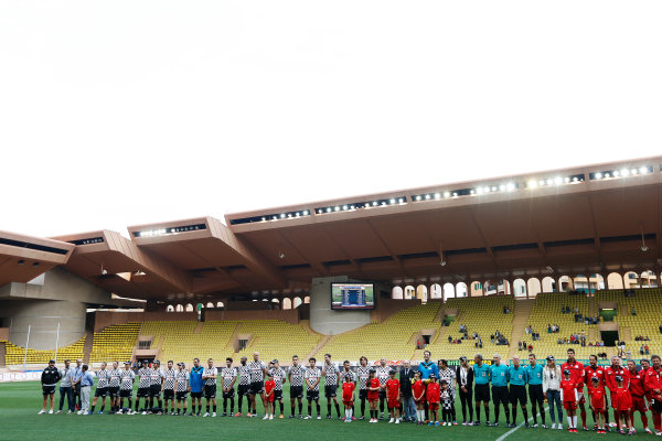 Monte Carlo, Monaco. Tuesday 19 May 2015. The teams lineup at the 22nd World Stars football match. World Copyright: Charles Coates/LAT Photographic. ref: Digital Image _J5R5544