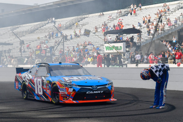 22-23 July, 2016, Indianapolis, Indiana USA Kyle Busch, NOS Energy Drink Toyota Camry celebrates with a bow ?2016, Logan Whitton  LAT Photo USA
