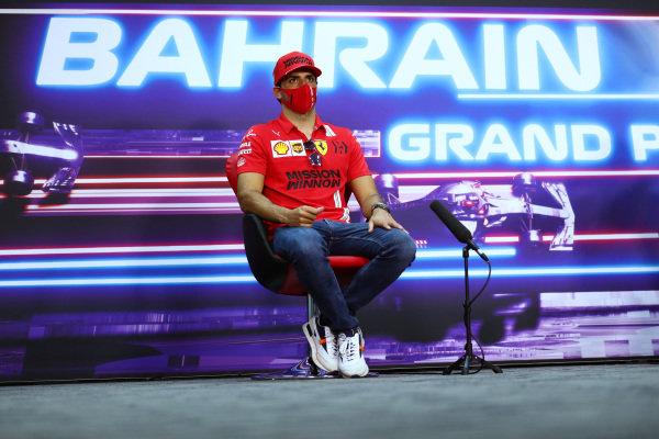 Carlos Sainz, Ferrari, in the press conference