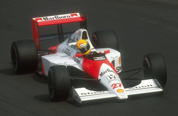 1990 Italian Grand Prix.Monza, Italy.7-9 September 1990.Ayrton Senna (McLaren MP4/5B Honda) 1st position at Parabolica.Ref-90 ITA 12.World Copyright - LAT Photographic