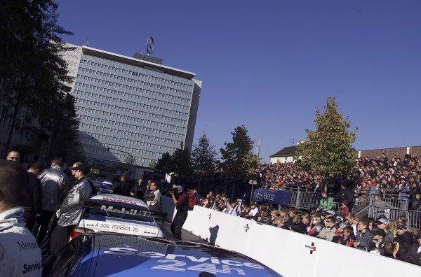 2001 Stars and Cars WeekendStuttgart, Germany. 3rd - 4th Novenber 2001.DTM cars line up in front of the Daimeler Chrysler building.World Copyright: Mercedes Benz Motorsport/LAT Photographicref: 18mb Digital Image Only