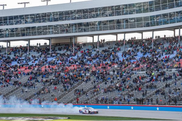 #11: Denny Hamlin, Joe Gibbs Racing, Toyota Camry FedEx Office celebration