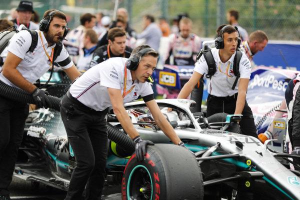 Lewis Hamilton, Mercedes AMG F1, arrives on the grid