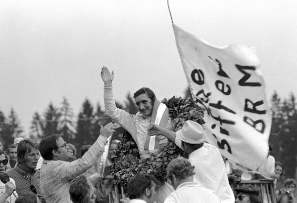 Jo Siffert(SUI) BRM P160 wins Austrian GP, Osterreichring, 15 August 1971