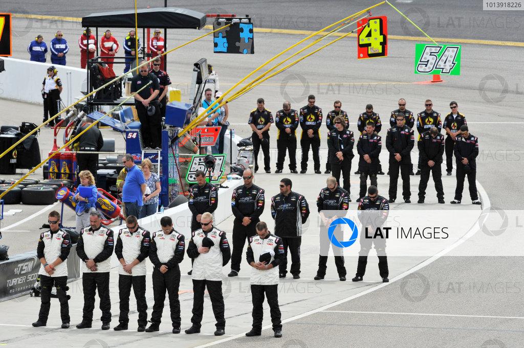 13-14 April, 2013, Rockingham, North Carolina USA Timothy Peters, German Quiroga, Darrell Wallace Jr , Jeb Burton pit crew ©2013, Scott R LePage LAT Photo USA