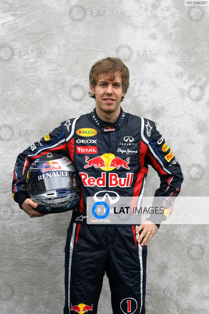 Albert Park, Melbourne, Australia24th March 2011.Sebastian Vettel, Red Bull Racing RB7 Renault. Portrait. World Copyright: LAT Photographicref: Digital Image1_LC2536
