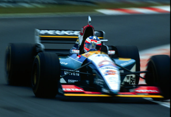 1995 Belgian Grand Prix.Spa-Francorchamps, Belgium.25-27 August 1995.Rubens Barrichello (Jordan 195 Peugeot) 6th position.World Copyright - LAT Photographic