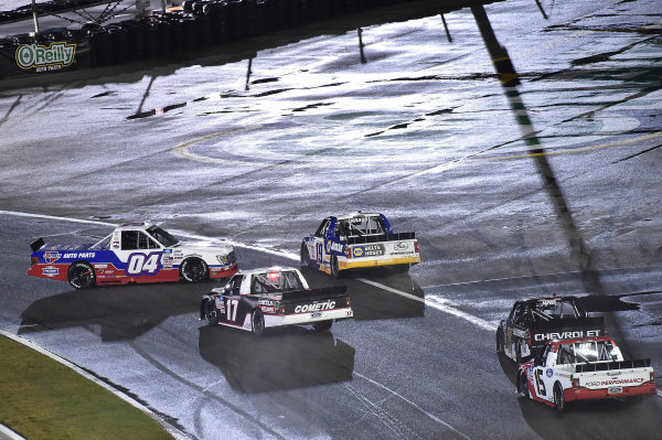 #04: Cory Roper, Roper Racing, Ford F-150, #19: Derek Kraus, McAnally Hilgemann Racing, Toyota Tundra NAPA Auto Care, and #17: Riley Herbst, Team DGR, Ford F-150