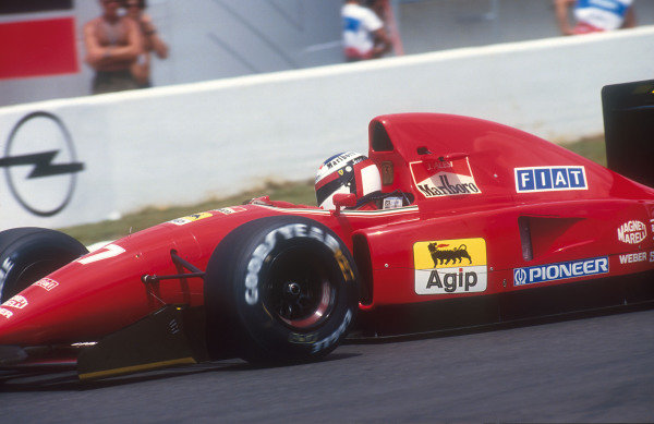 1992 French Grand Prix.Magny-Cours, France.3-5 June 1992.Jean Alesi (Ferrari F92A). He exited the race with an engine failure.Ref-92 FRA 11.World Copyright - LAT Photographic