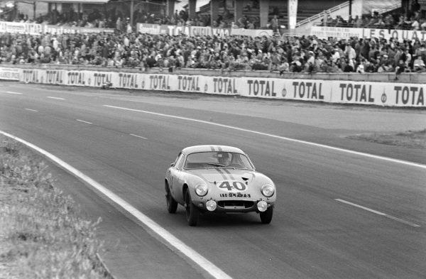 Bernard Kosselek / Pierre Massenez, Ecurie Edger, Lotus Elite (Mk 14) - Coventry Climax.