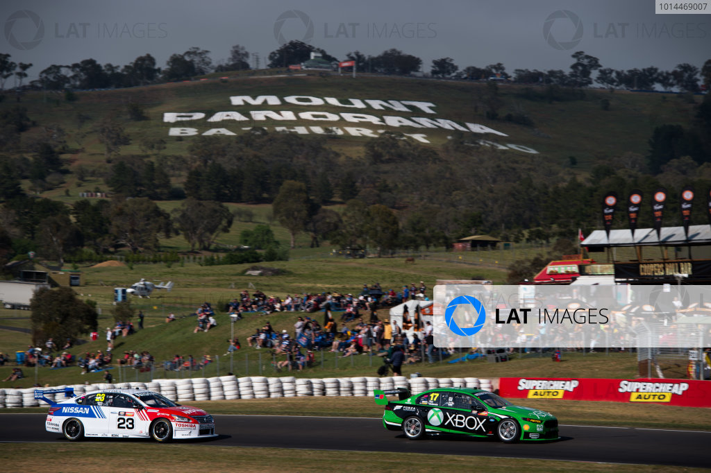 2015 V8 Supercars Round 10. Bathurst 1000, Mount Panorama, NSW, Australia. Thursday 8th October - Sunday 11th October 2015. Marcos Ambrose drives the #17 DJR Team Penske Ford FG X Falcon. World Copyright: Daniel Kalisz/LAT Photographic  Ref: Digital Image V8SCR10_BATHURST1000_DKIMG02284.JPG