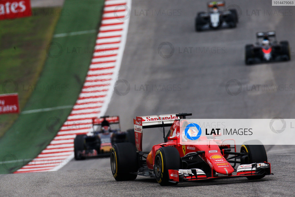 Circuit of the Americas, Austin, Texas, United States of America.  Sunday 25 October 2015. Sebastian Vettel, Ferrari SF-15T, leads Max Verstappen, Toro Rosso STR10 Renault. World Copyright: Alastair Staley/LAT Photographic ref: Digital Image _R6T5621