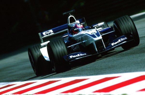 Juan Pablo Montoya (COL) Williams BMW FW24.Italian Grand Prix, Rd.15, Monza, Italy. 15 September 2002.BEST IMAGE