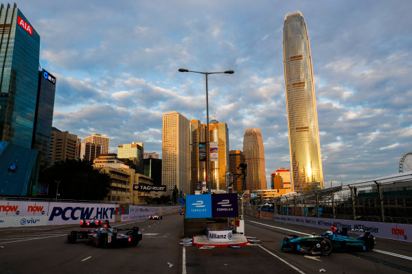 2017/2018 FIA Formula E Championship. Round 1 - Hong Kong, China. Saturday 02 December 2017. Luca Filippi (ITA), NIO Formula E Team, NextEV NIO Sport 003. Photo: Sam Bloxham/LAT/Formula E ref: Digital Image _J6I3840