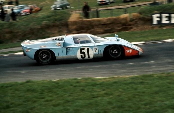 Jacky Ickx (BEL) / Jacky Oliver (GBR) John Wyer Automotive Mirage M2/300 BRM failed to finish. World Sports Car Championship, BOAC 500, Brands Hatch, England, 13 April 1969.