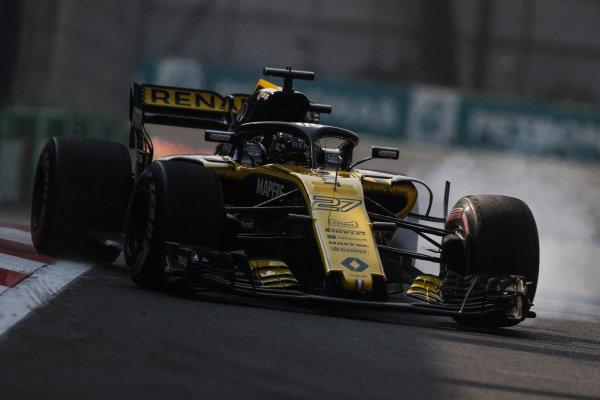 Carlos Sainz Jr., Renault Sport F1 Team R.S. 18, lock up