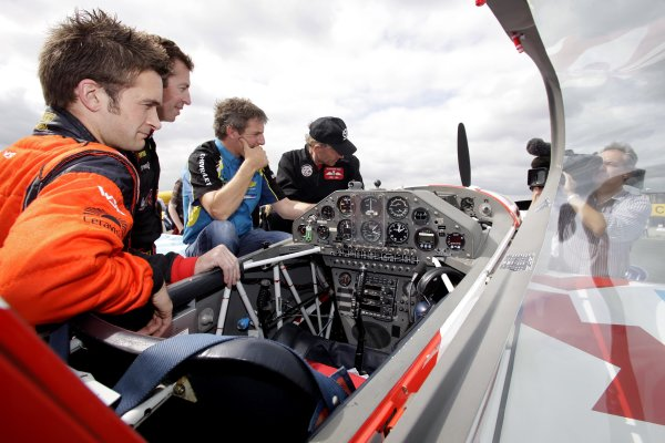 Silverstone, England. 18th August 2009. Colin Turkington, Matt Neal and Jason Plato try out Ultimate High stunt planes for the day. World Copyright: Gary Hawkins/LAT Photographic Ref: Digital Image Only.