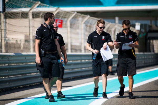 2017 FIA Formula 2 Round 11. Yas Marina Circuit, Abu Dhabi, United Arab Emirates. Thursday 23 November 2017. Gustav Malja (SWE, Racing Engineering).  Photo: Sam Bloxham/FIA Formula 2. ref: Digital Image _J6I0912