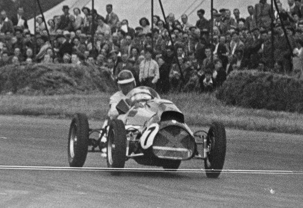 1952 British Grand Prix.Silverstone, Great Britain. 19 July 1952.David Murray (Ecurie Ecosse Cooper T20-Bristol). Ref-C33022.World Copyright - LAT Photographic