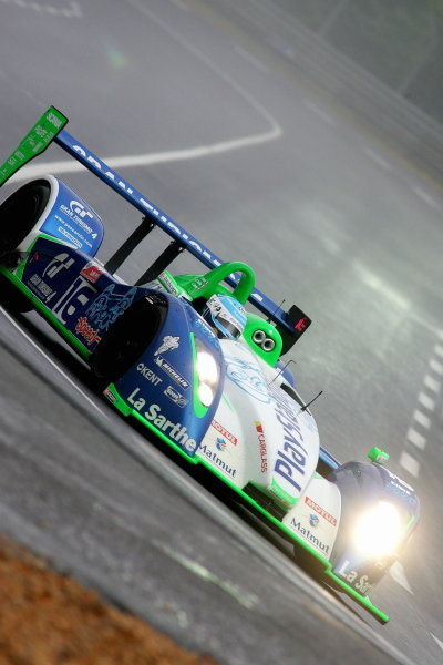 Emanuell Collard (FRA) / Jean-Christophe Boullion (FRA) / Erik Comas (FRA), Pescarolo Sport Pescarollo Judd, set fastest time in the opening practice session before gearbox problems.
