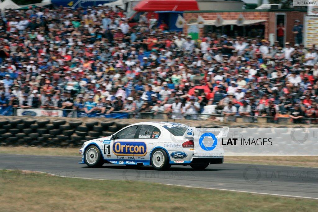 2007 Australian V8 Supercars: Supercars Photo