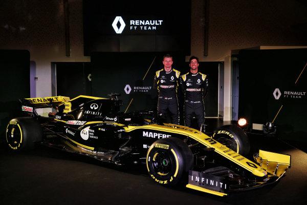 Nico Hulkenberg, Renault Sport F1 Team and Daniel Ricciardo, Renault Sport F1 Team with the new Renault Sport F1 Team R.S. 19